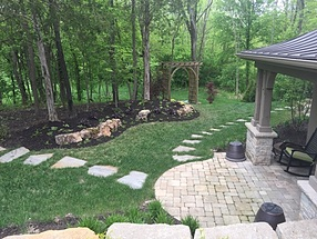 landscape design, hardscape, st. louis landscape, stepping stone pathways