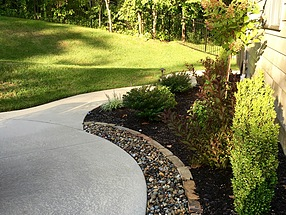 landscape design, st. louis landscape, flagstone, edging